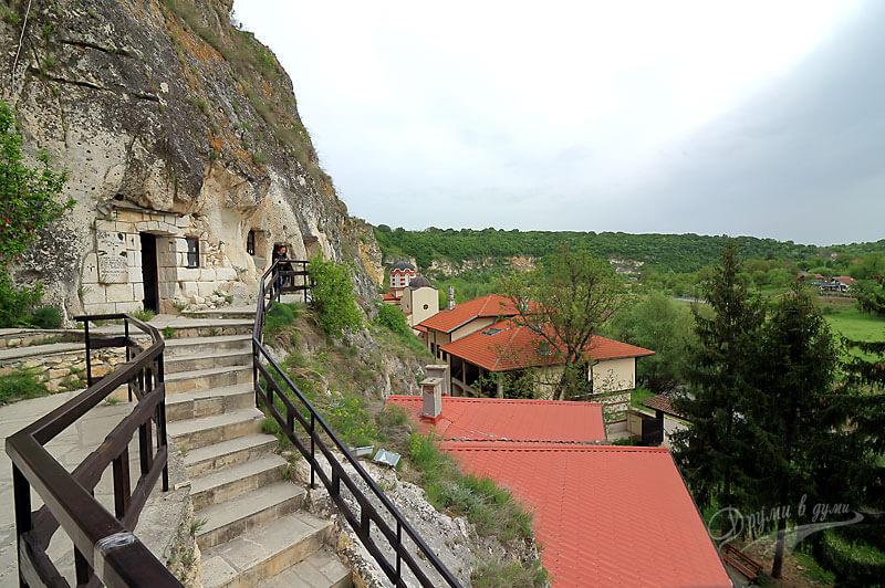 Басарбовски манастир сн.4
