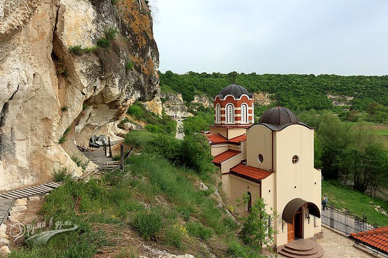 Басарбовски манастир сн.8